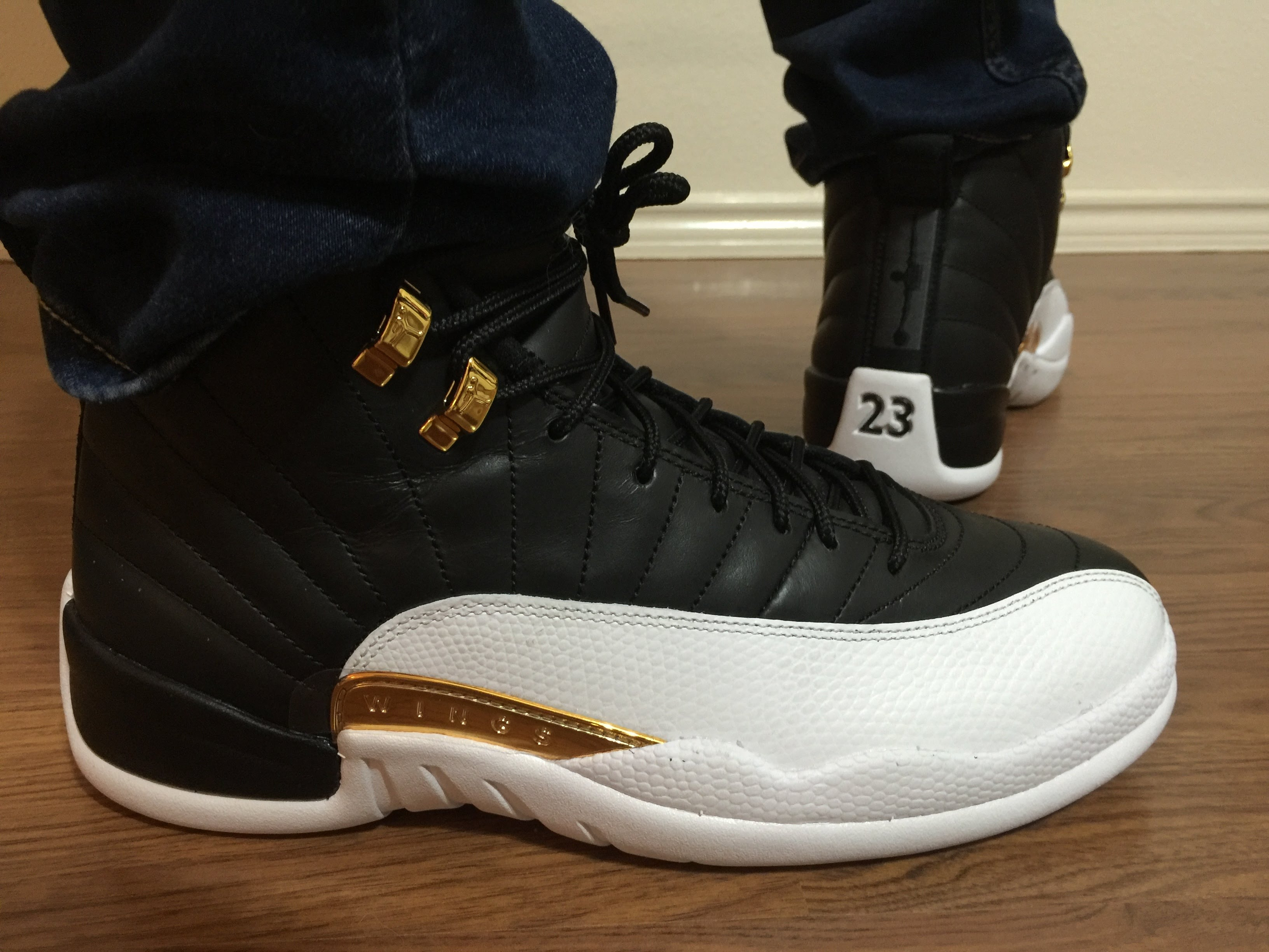 jordan retro 12 wings